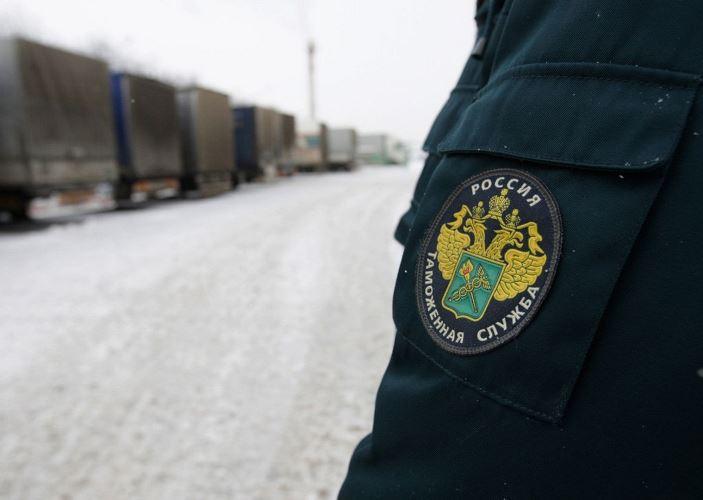 В Российской Федерации могут начать облагать штрафом заотказ остановить машину натаможне