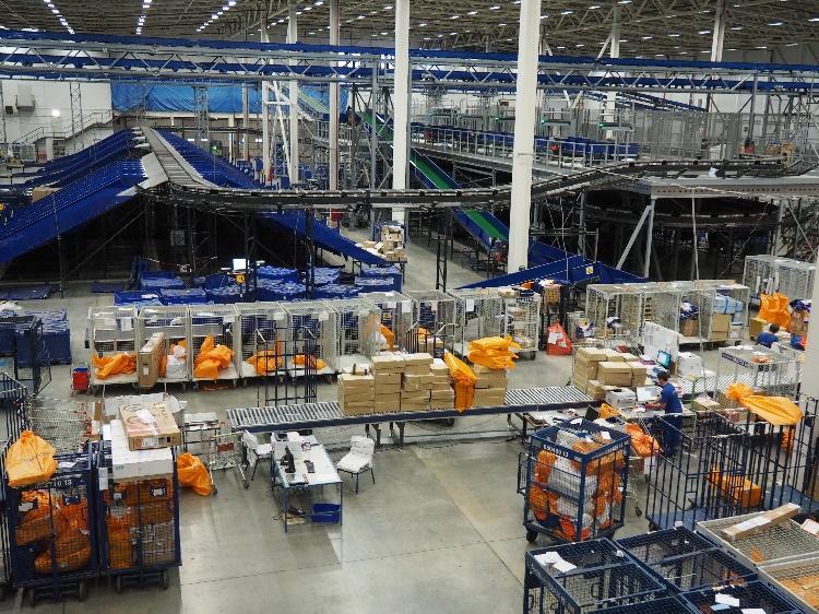 Рост доверия или модернизация, но Почта России обработала на 50% больше международных отправлений