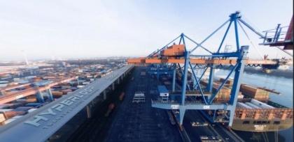 В порту Гамбурга грузы будут «вылетать в гипертрубу»