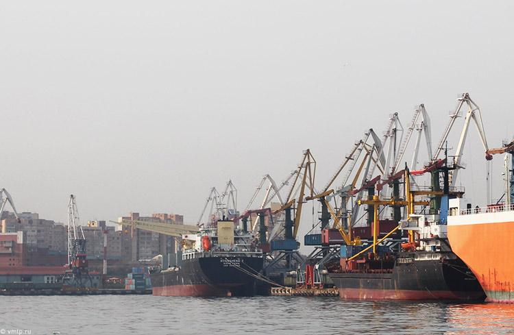 Грузооборот морских портов Российской Федерации за12 месяцев 2016 года