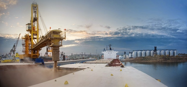 Опыт предыдущего года показывает, что рынок «реально недооценил возможности» российской портовой инфраструктуры