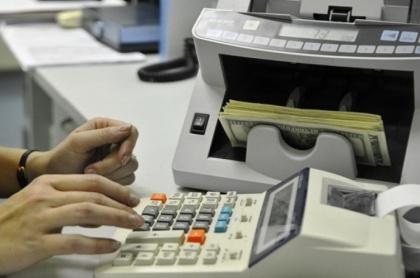 Экспортерам могут разрешить не возвращать на Родину и честно заработанные рубли, и валюту