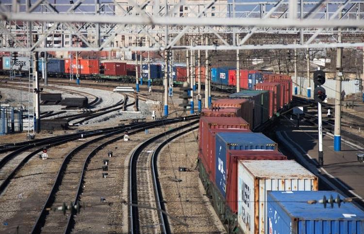 Предполагается взрывной рост контейнерного транзита КНР