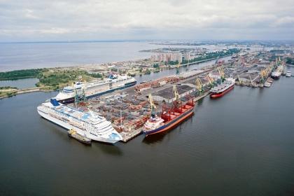 Большой порт Санкт-Петербург могут убрать из Петербурга
