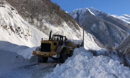 Военно-Грузинскую дорогу замело по самое КПП
