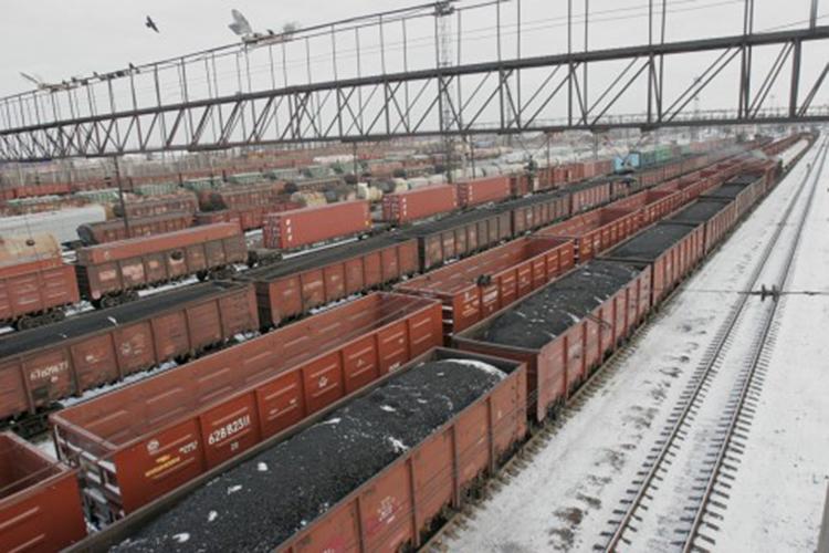 Объем перевозок в дальневосточные порты растет, невзирая на пропускные способности припортовых станций