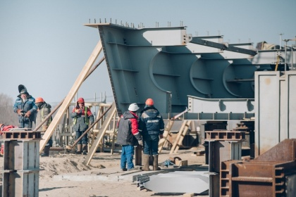 Мосту «Благовещенск-Хэйхэ» уже есть на что опереться. Пока лишь на российской земле
