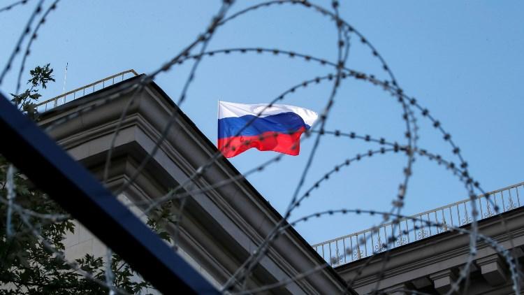 Страны «санкционного лагеря» громко порицают, но «звонко торгуют» с Россией
