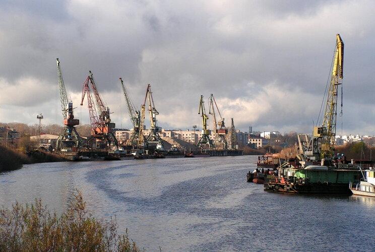 Грош цена: ветхие речные порты «уйдут с молотка» по рублю